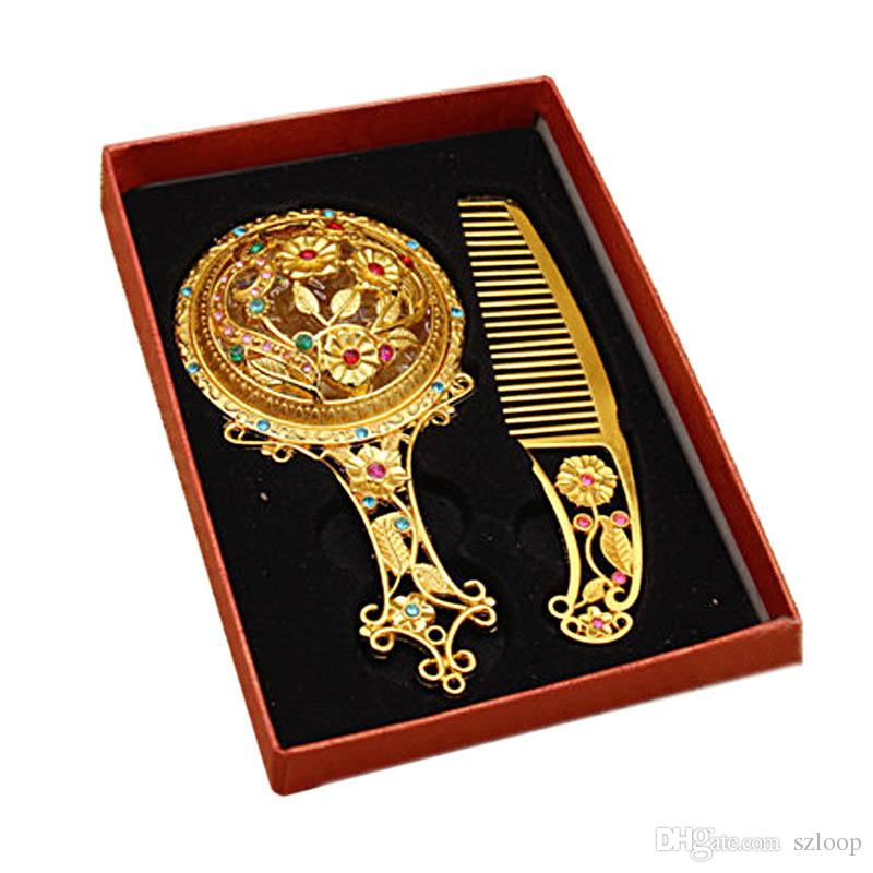 Classic Retro Vintage Makeup Mirror Compact Copper Golden Hollow Out Cosmetic Held Hand Mirror with Hair Comb 2805039
