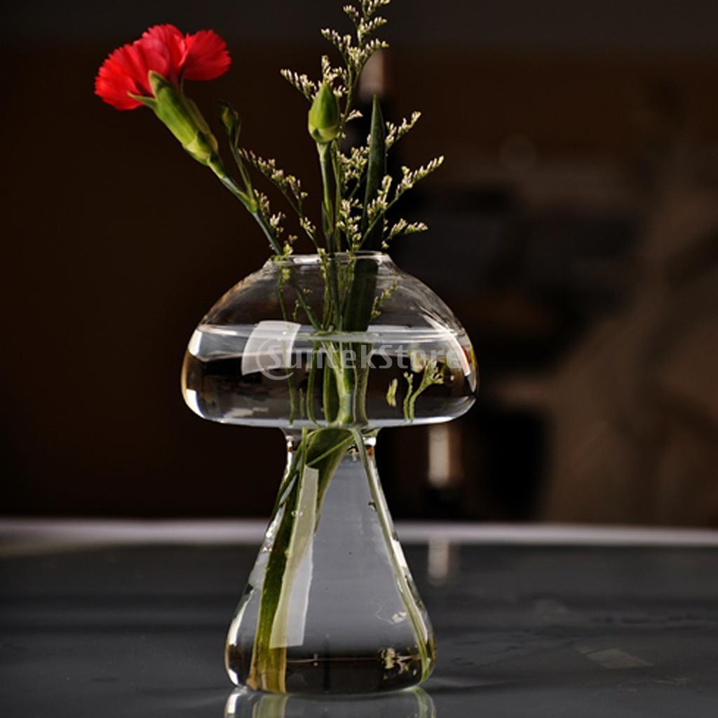 Картинки на ватсап цветы в необычных вазах