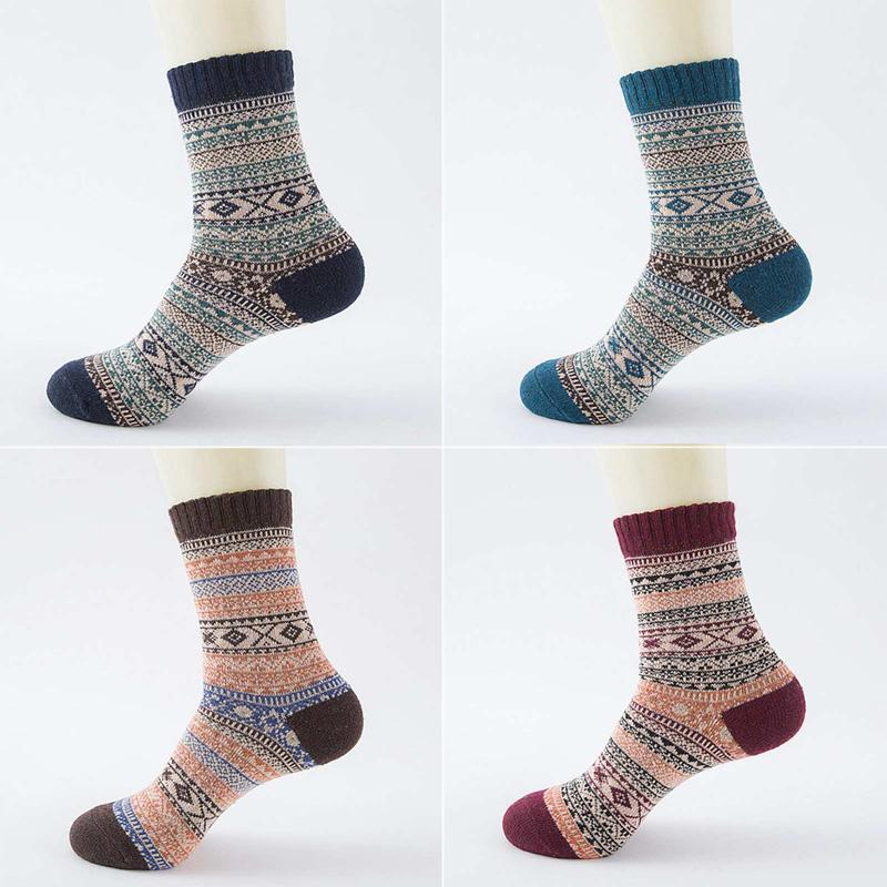 Harajuku Winter Warm Socks Unisex Christmas Fashion Socks Thick Wool Funny Cotton Knitted Printed Calcetines Hombre