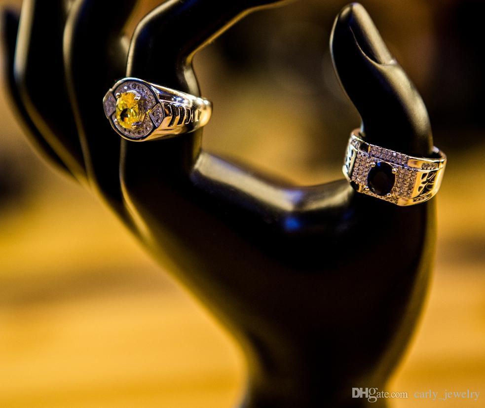 Diamantes simulados S925 Plata de los hombres Anillos Circonitas azules Corindones azules Corazones de colores Corazones de cristal Flechas Anillos de los hombres de moda