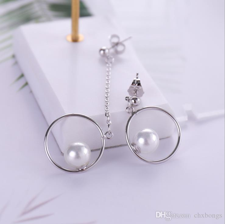 2018 new Zircon Earrings, Korean version, personalized pearl earrings, Silver Stud jewelry accessories to support a replacement.