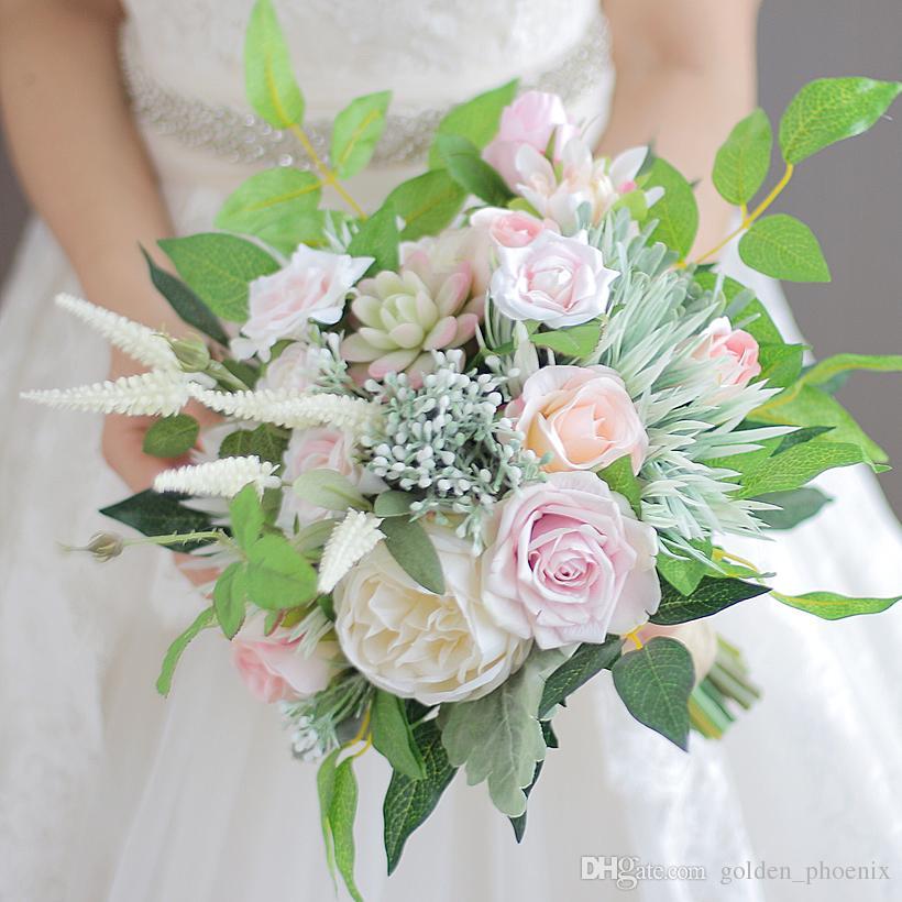 Özel Fransız Mori Düğün Buket Dahlia Pembe Mercan Gül Genç Gelin Buketi Bırakır
