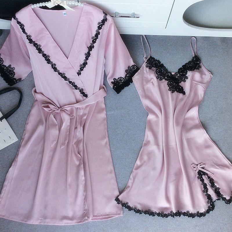 5b6a60114516ff Casamento rosa Da Dama de honra Da Noiva Robe Novas Mulheres Sleepwear Sexy  Íntima Lingerie Nightwear Twinset Negligee NightieRobe Set M-XXL