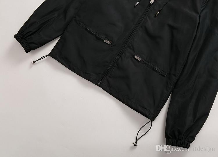 Los hombres de la venta caliente de la capilla de nylon rompevientos Chaqueta de color sólido Armada Hombre / Negro Slim Fit corto estilo bolsillo con cremallera Bajo ajustable