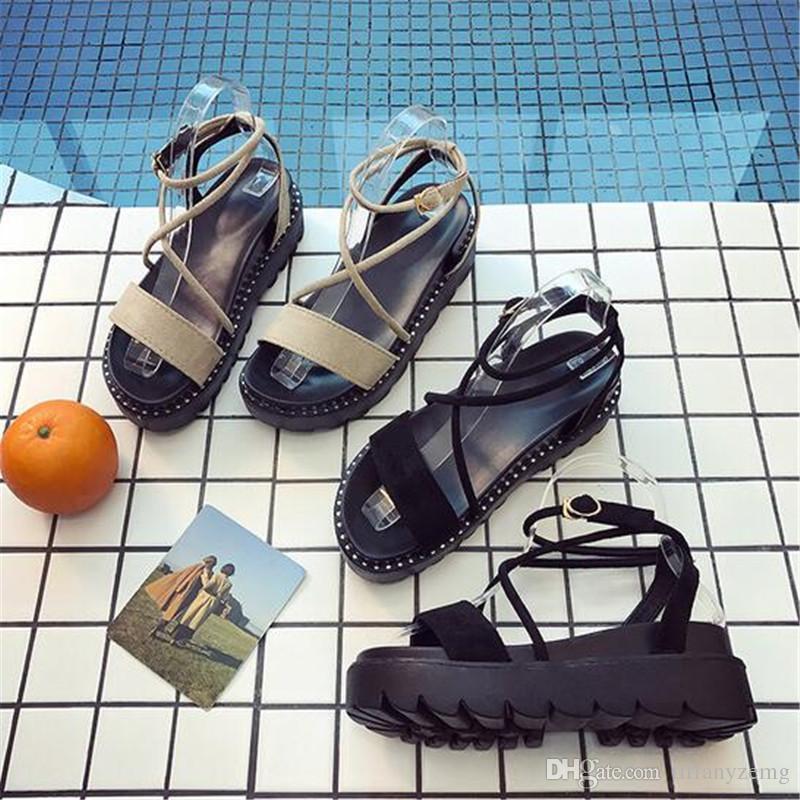 HOT SALES 2018 summer new Roman sandals female platform flat simple casual Korean sponge cake non-slip wild student shoes
