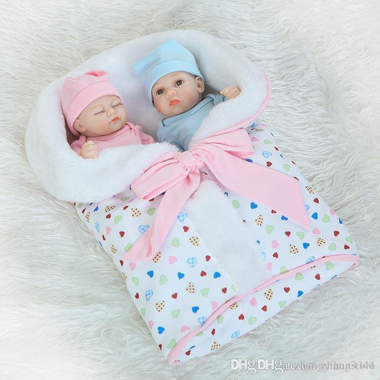 Acheter 25cm Silicone Reborn Bébé Poupées Jouet À Vendre Garçon Fille  Jumeaux Nouveau Nés Bébés Poupées Cadeau D anniversaire Pour Enfant Bébé Enfant  Fille ... 23bac6917b61