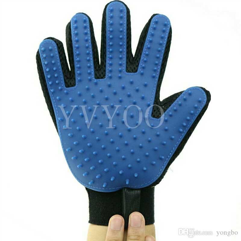 Pet Cleaning Brush Glove كلب مستلزمات الحيوانات الأليفة القط الكلب فرشاة تدليك فعال قفازات تنظيف الشعر مشط A65