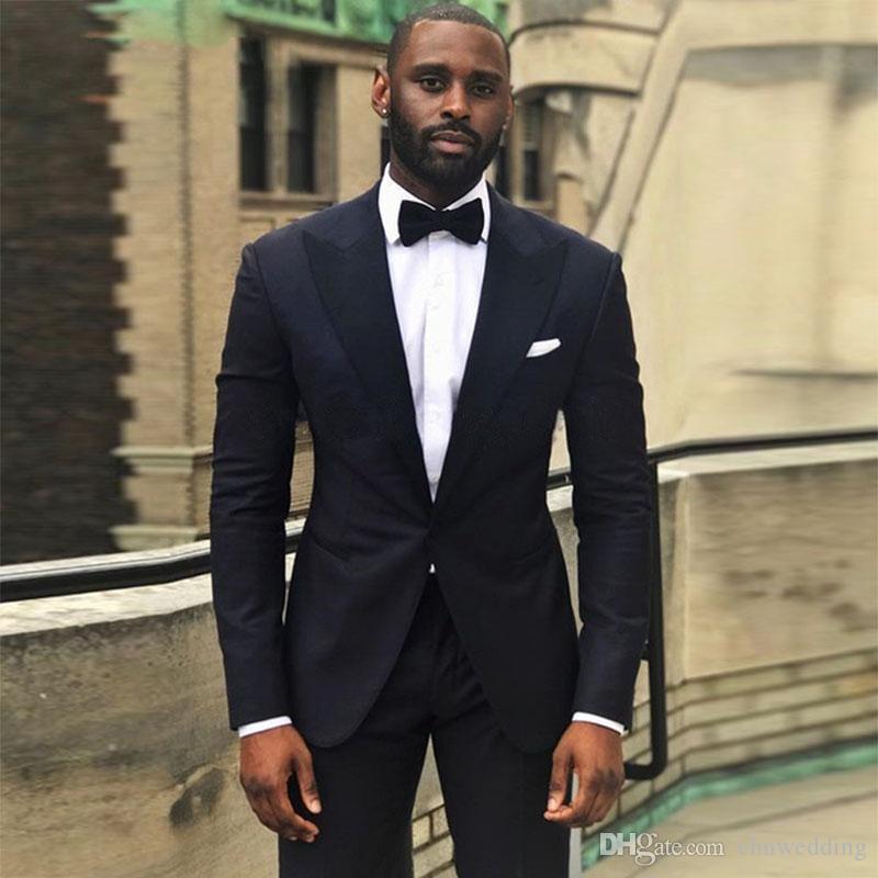 0c86d09ab3 Personalizzato nero uomo abiti da sposa 2018 2 pezzi smoking (giacca  pantaloni) con risvolto a risvolto one button slim fit partito usura