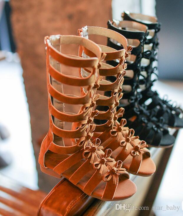여자 패션 키즈 무릎 높이 플랫 그리스어 로마 보우 신발 활 Letter 검투사 샌들 지퍼 뒤로 높은 품질 2 색상 wt1714