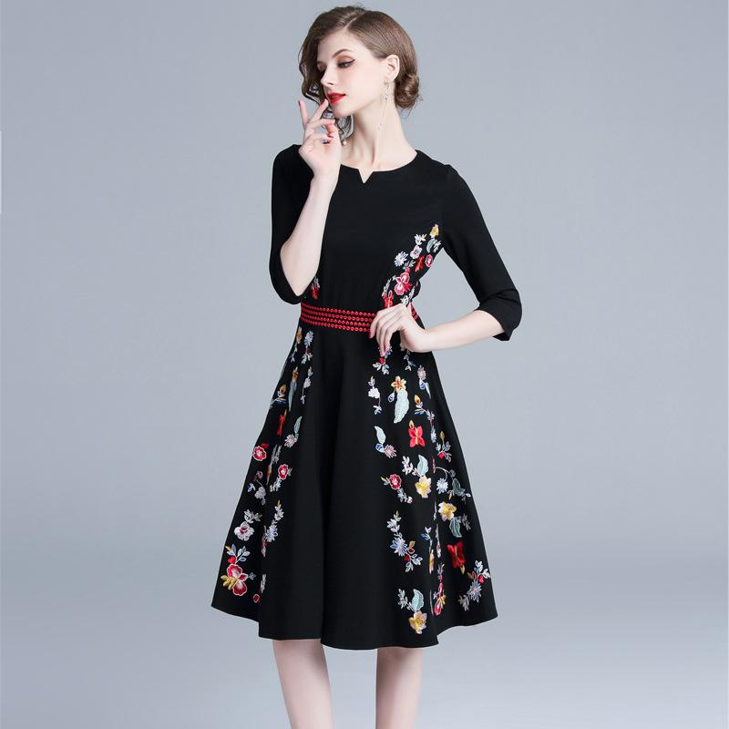 Women Floral Pleated Dress Embroidery Tunic Dress Vintage Knee