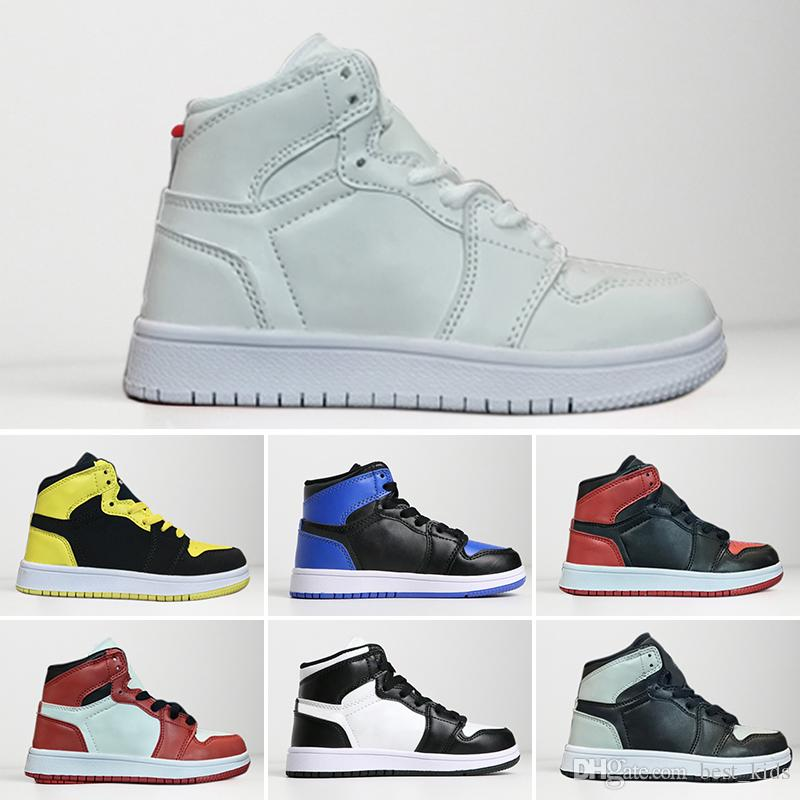 online retailer 0e138 4be15 Großhandel Nike Air Jordan 1 Retro Kinder Schuhe OG 1 1s Basketball Schuhe  Kinder Jungen Mädchen 1 Top 3 Gezüchtet Schwarz Rot Weiß Turnschuhe Kinder  ...