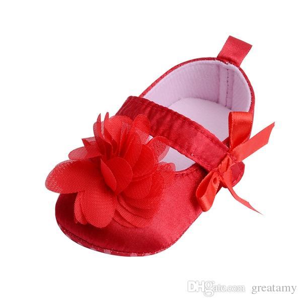 Moda bebekler yenidoğan kız kaymaz ayakkabı bebek bebek kız ilk yürüyüşe çocuklar bebek ilmek çiçek ayakkabı