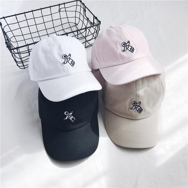 b31c4348942dc 2018 Unisex Fashion Dad Hat Astronaut Emberoidery Baseball Cap Available  Snapback Hats Brand Hat Caps Wholesale Womens Baseball Hats Cheap Snapback  Hats ...