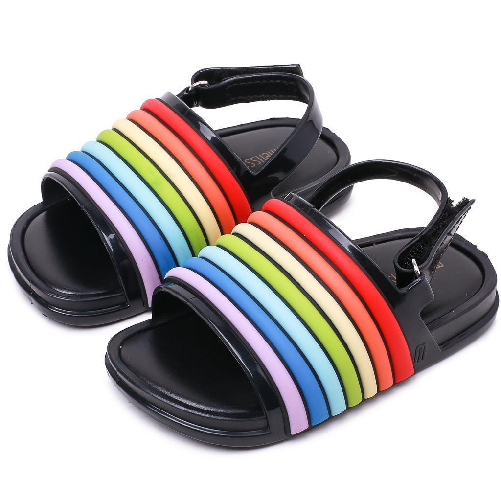 dcc5f2e114 Compre Miúdos Bonitos Melissa Sandálias Sapatos Dos Desenhos Animados Arco  Íris Listrado Sandálias De PVC Sapatos Para Crianças De 1 5 Anos De Idade  ...