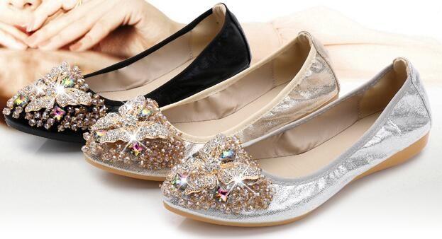 1acdd130fac Rhinestone Pointed Toe Flat Thin Shoes Wedding Shoes Soft Bottom Flat  Moccasin Gommino Large Size Asakuchi Egg Rolls Women Flat Evening Shoes  Flat White ...