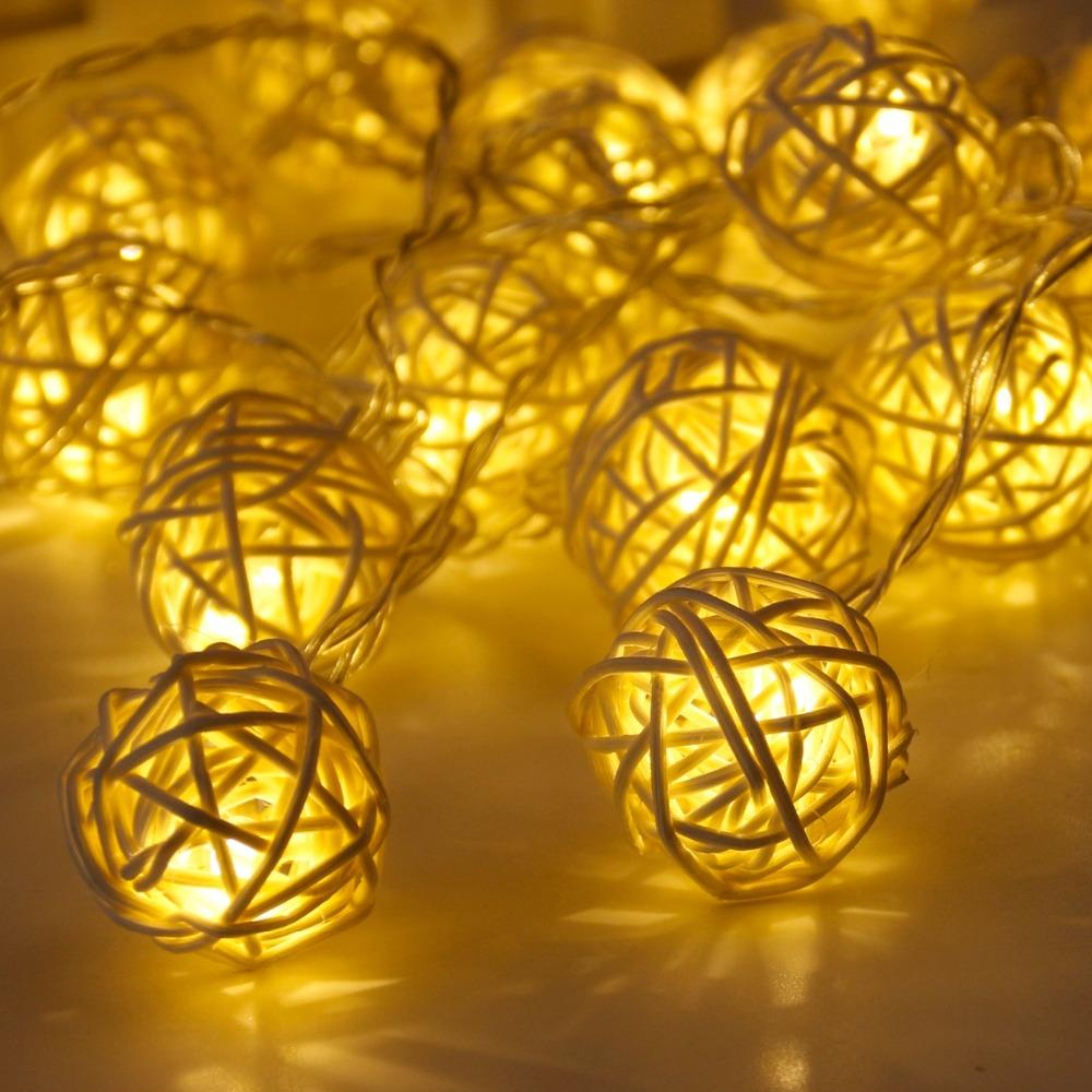 FENGRISE 2M 20 LED Rattan Ball String Fairy Lights Cotton Ball Light String Decorazione di nozze Bomboniere San Valentino Decor