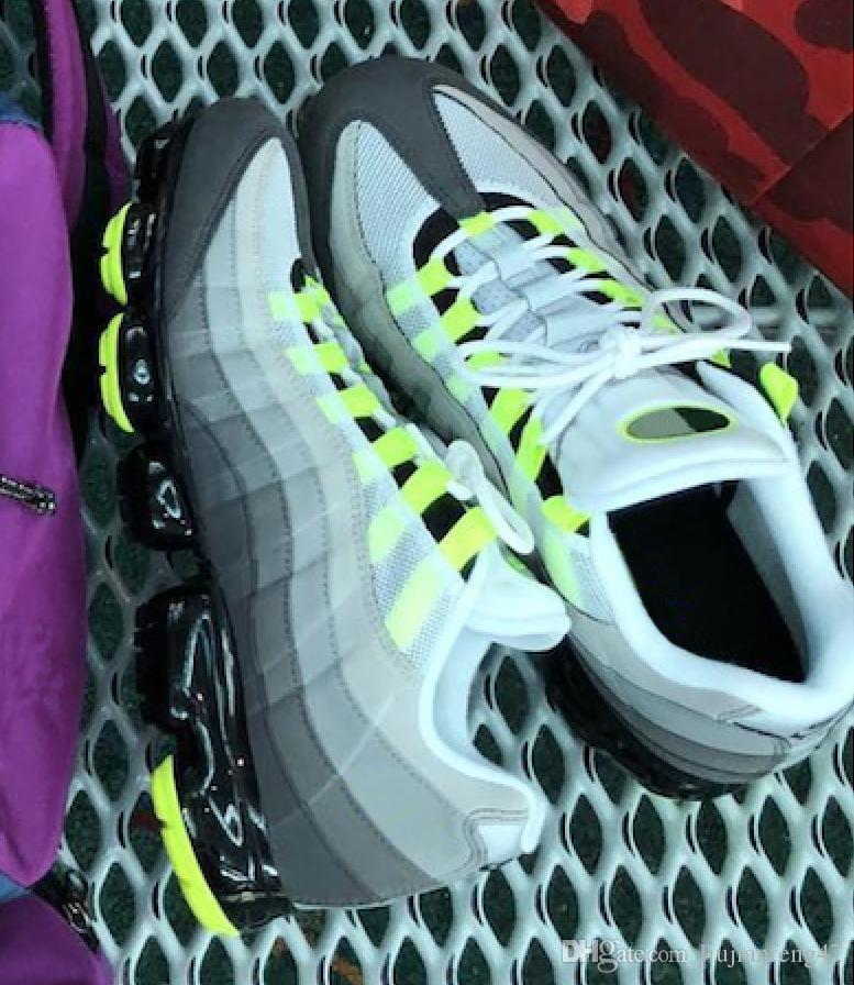 reputable site 0fedc 7b5ea Acheter Top Qualité Vapormax 95 Og Neon Sneakers Pour Hommes Chaussures De  Course De Mode Athlétique Sport Chaussure Randonnée Jogging Marche Outdoor  ...