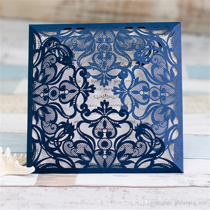 2018 Marineblau Free Printed Hochzeitseinladungskarten mit aushöhlen Rustikale Laser Cut Invatation Karte Blumen elegante Party einlädt