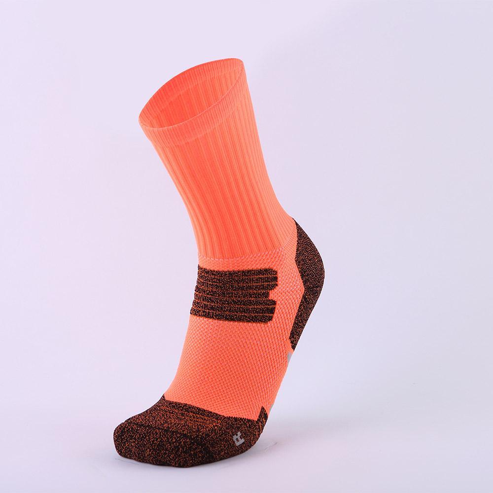 6 cores de moda esportiva movimento absorvente impressão de algodão meias de tricô de basquete em meias masculinas odor-prova de desgaste-resistindo longo meias até o joelho