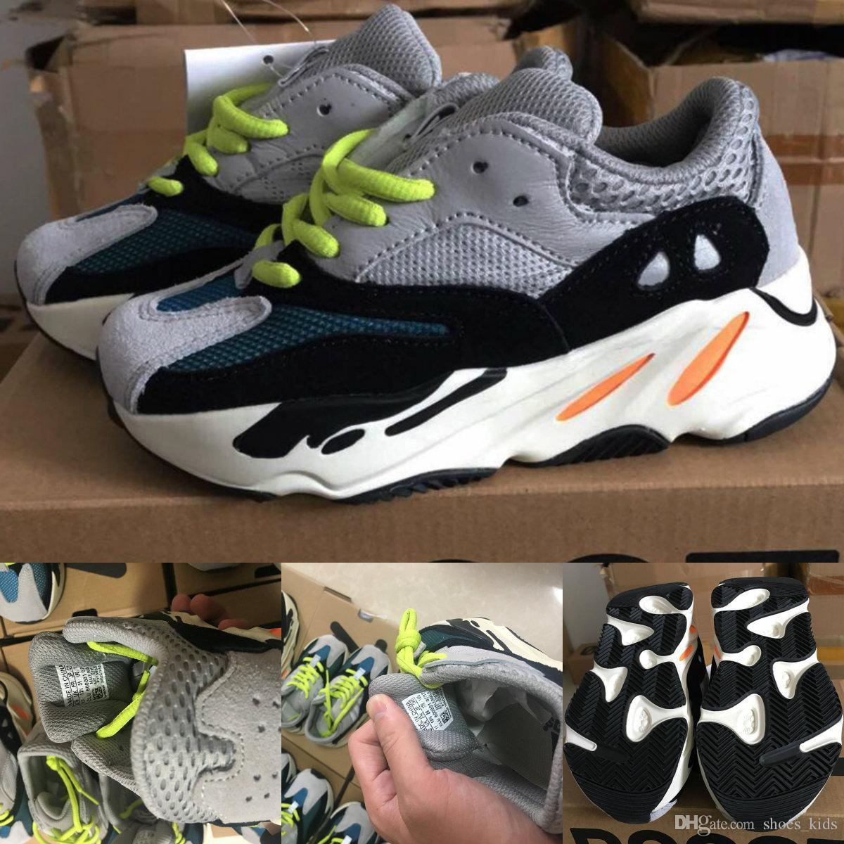 9e74855eecd Compre Crianças Correndo Shoes Kanye West Onda Runner 700 Juventude Sply  700 Tênis Esportivos Tênis De Basquete Das Crianças Casual Criança Sapato  Com Caixa ...