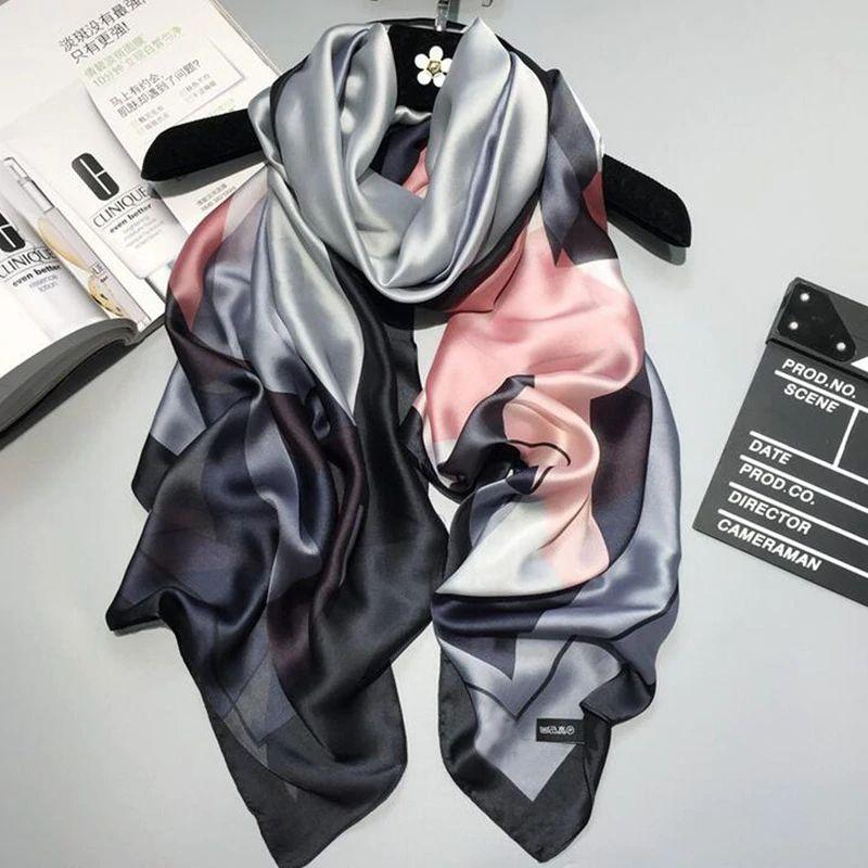 73bdceb3089f Acheter 2018 Marque De Luxe Femmes Foulard En Soie Châle De Plage Et  Echarpe Luxueux Wrap Designer Foulards Plus Size Femelle Plage Volé Bandana  De  6.29 Du ...