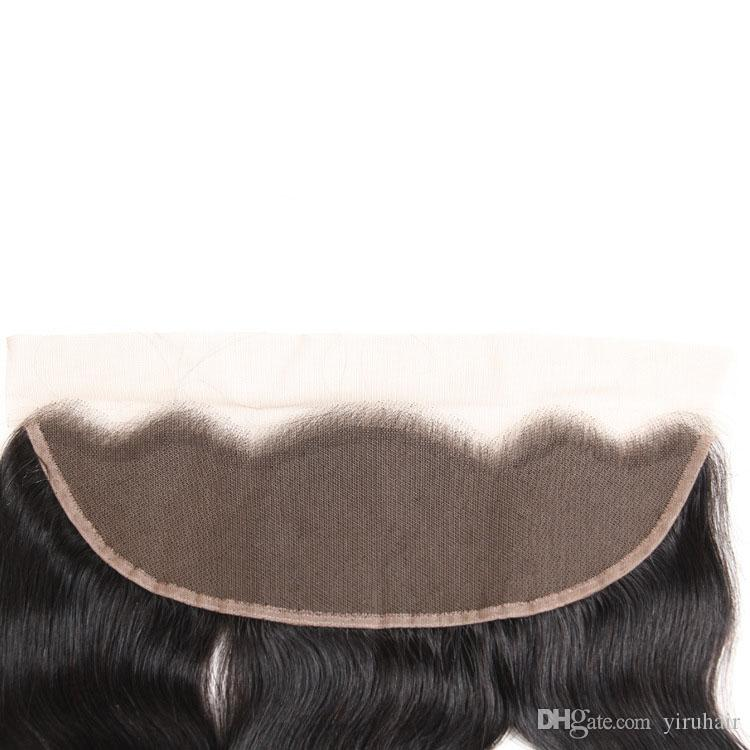 Bandetti dell'onda del corpo dei capelli umani brasiliani con la parte libera del pizzo del pizzo 13x4 5 pezzi / lotto Estensioni dei capelli con la chiusura Colore naturale