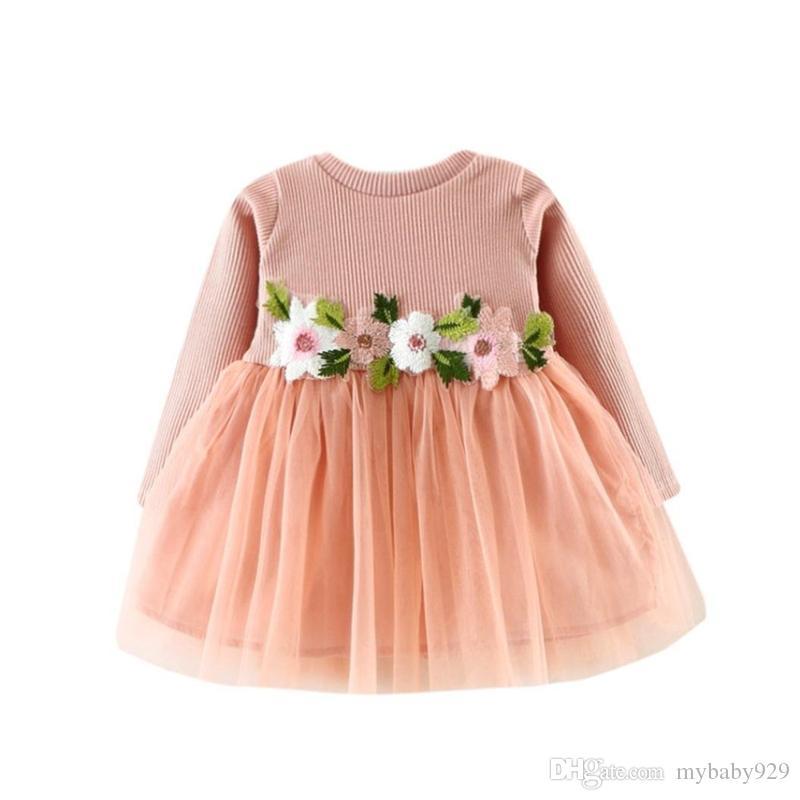 d05a2497bae12c Bébé Filles Princesse Robe Bambin Enfants Automne Manches Longues Robes  Décontractées Fleurs Tricoté Tulle Tutu Robe Tenue De Soirée Vêtements