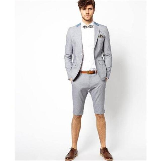 60c414df6f Compre Nuevo Estilo Traje De Hombre Gris Con Pantalón Corto 2 Piezas  Chaqueta + Pantalón + Corbata Ropa De Verano Casual Por Encargo Prom Terno  Masculino A ...