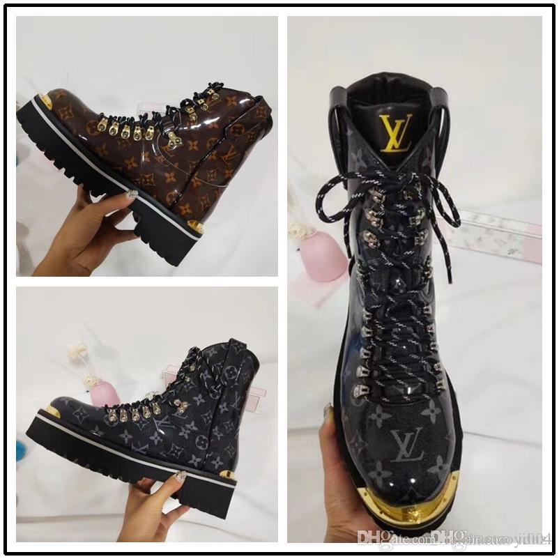 cc23459550d8c Großhandel 2019 Luxus Marke Vollleder Damen Stiefel Designer Stil High  Fashion Männer Und Frauen Martin Stiefel Stiefel Damen Schuhe Von  Laishamaoyi004, ...