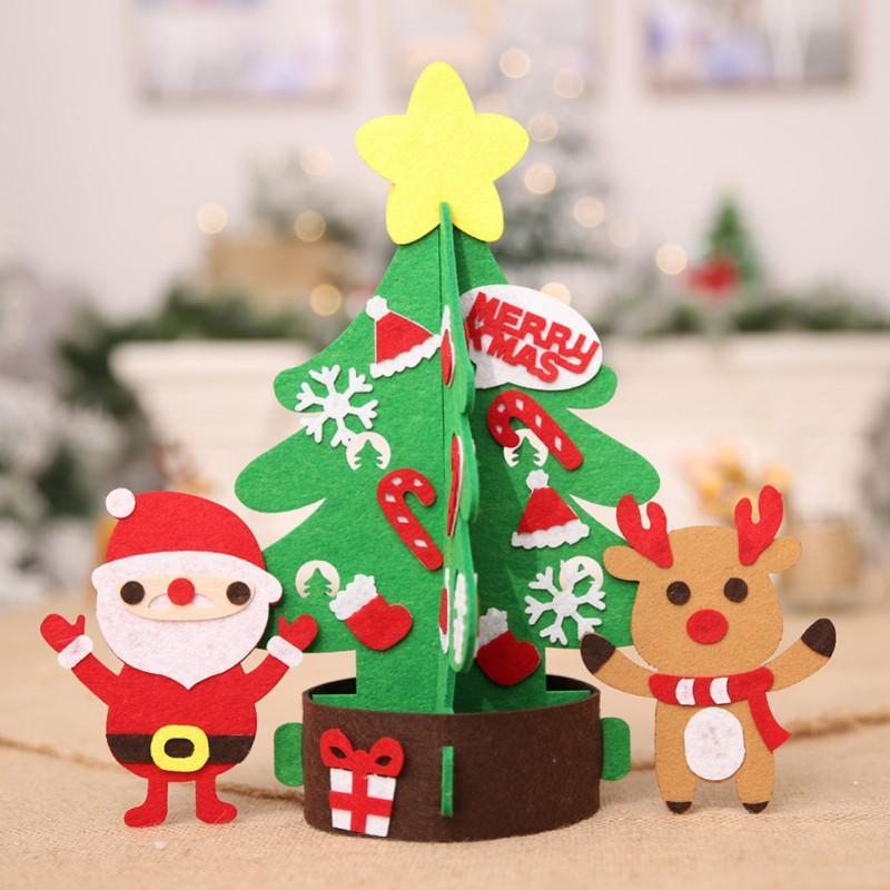 Regali Di Natale Fai Da Te Per Bambini.Fai Da Te Per I Bambini Regali Di Natale Non Tessuto Albero Di Natale Con Ornamenti Carino Capodanno Decorazione Decor