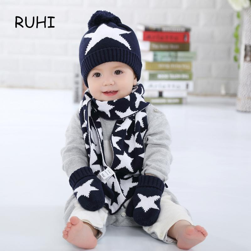 bf5b0fe9100 2019 Christmas Gift Boy Girl Hat Scarf And Gloves Set Children Cap Baby  Girls Winter Fashion Kids Hats Boys Star Print Sets From Yuan0907