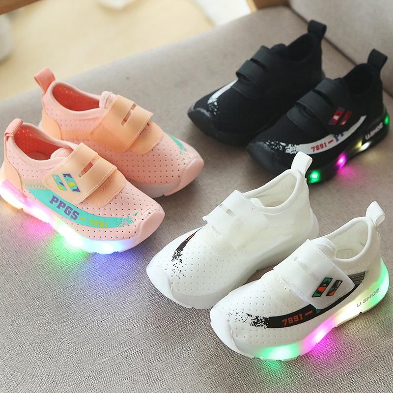 2018 Unisex Cartoon Lovely LED Lighted Baby Sneakers Excellent Cartoon  Animation Baby Casual Shoes Glowing Girls Boys Shoes Kids Sneakers Childrens  Running ... 6c1d09042824