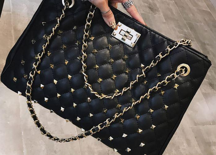 Autumn And Winter Fashion Big Bag Female 2018 New America Version Big Bag  Large Capacity Chain Rivet Bag Satchel Bags Man Bags From Cutekitten61 818884f8cc143