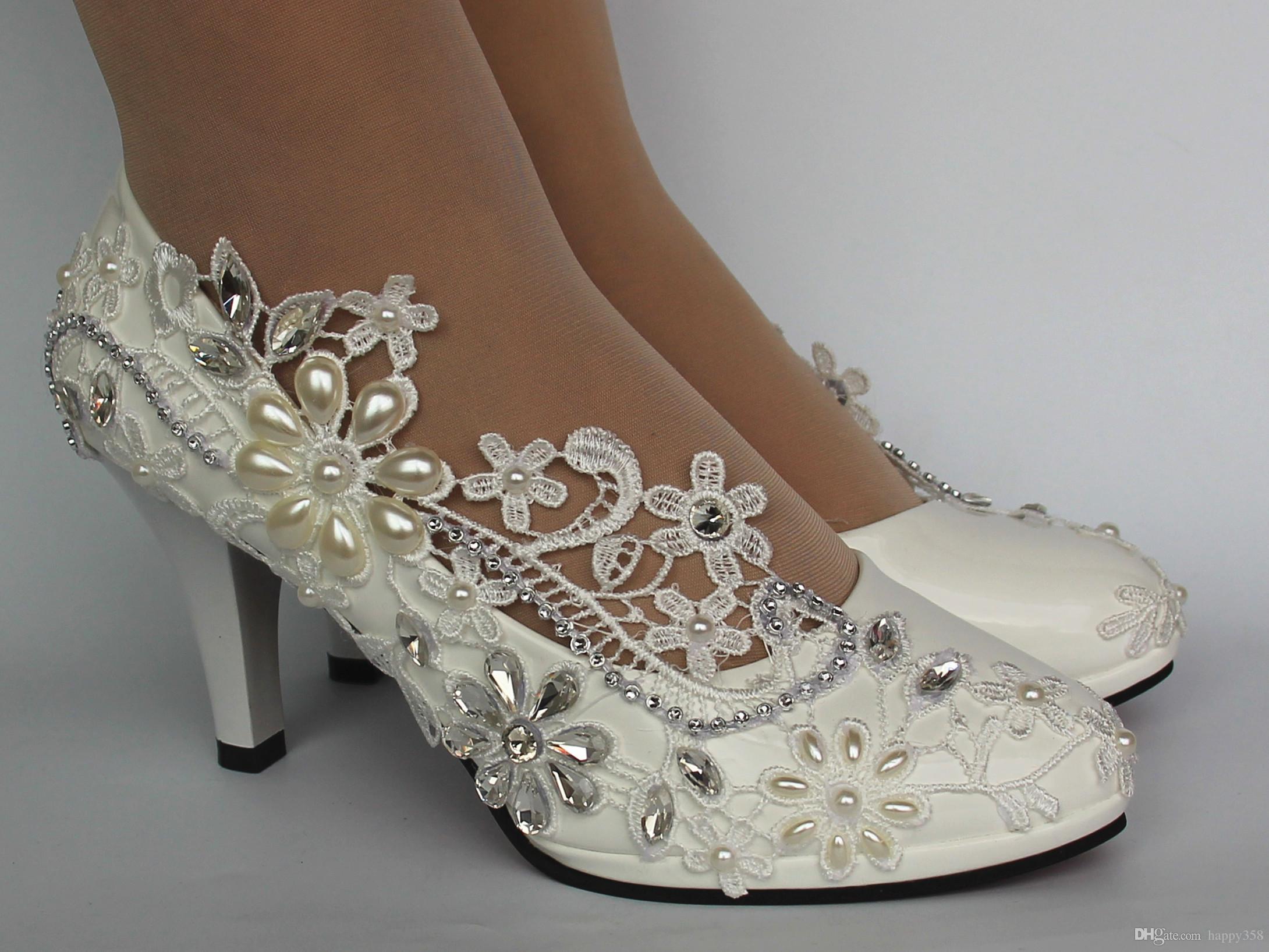 1b064bfbd Compre Nova Moda Frete Grátis Senhoras Strass Pérolas Rendas Marfim Peep  Toe Sapatos De Salto Alto Nupcial De Salto Alto De Happy358