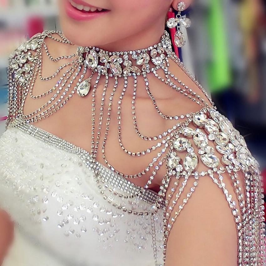 0410fd208881 Compre Rhinestone Cristal Hecho A Mano Nupcial Hombro Collar De Perla  Mujeres Desfile De Baile De Boda Joyería De Hombro Collares De Cadena 2017  C18110601 A ...