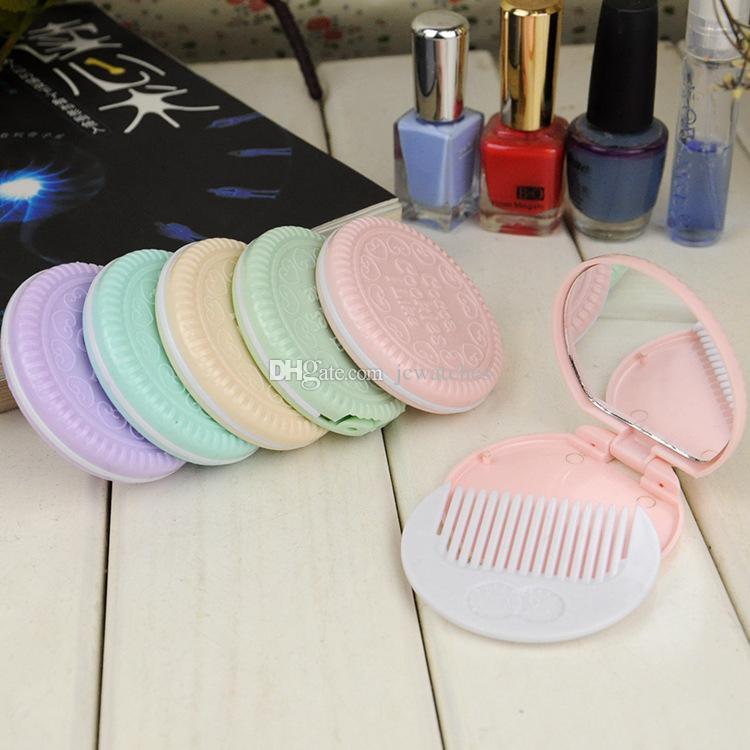 7 Renkler Sevimli Çikolata Çerez Şekilli Tasarım Makyaj Ayna Tarak ile Lady Kadınlar Makyaj Aracı Cep Ayna Ev Ofis Kullanımı