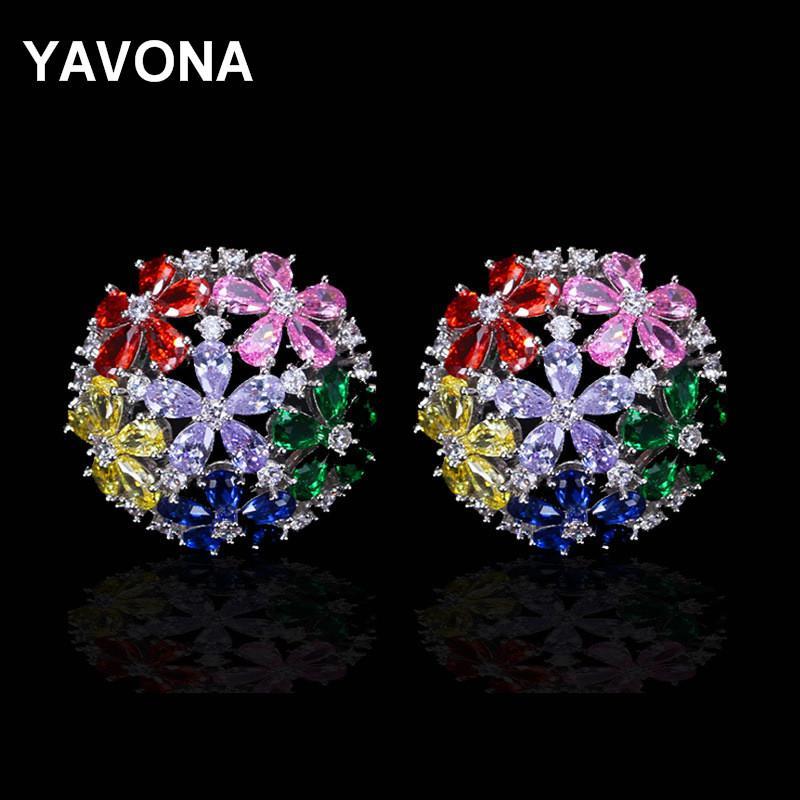 4039bc5f venta al por mayor Brillante mujeres Zirconia cúbico Stud pendientes  multicolores de lujo del partido nupcial pendientes de la boda microscopio  nuevo ...