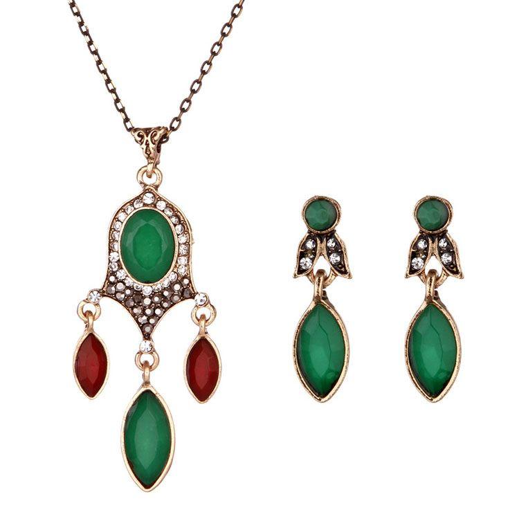 1f10f8b9f986 Compre Dama Occidental Nuevo Collar De Color Exótico Joya Colgante Cadena  Rhinestone Collar Pendientes Conjunto A  10.66 Del Xinghuo8866