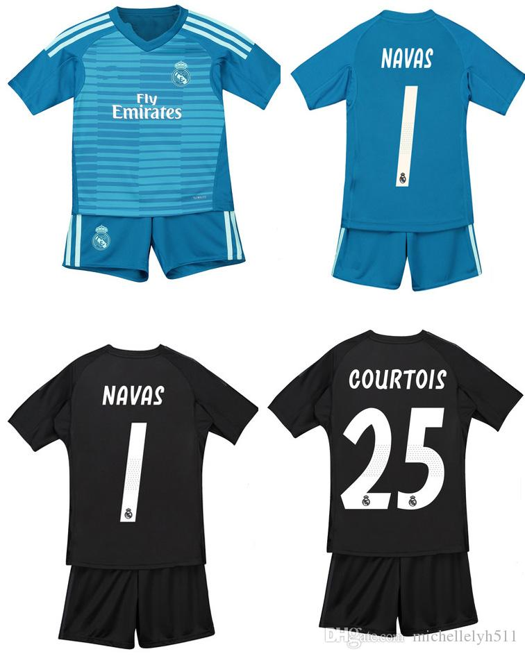 0c6f3130663 18 19 Real Madrid Kid s Goalkeeper Soccer Jerseys Shorts COURTOIS CASILLA  NAVAS Football Sets Children Goalie Soccer Suits Boys Football Kit
