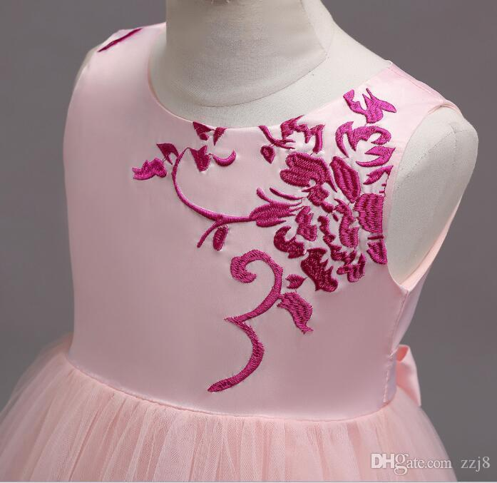 European American Girls Princess Dresses Embroidery Flower Gauze Children Wedding Gown Designs Kids Formal Dress for Birthday Dinner Party