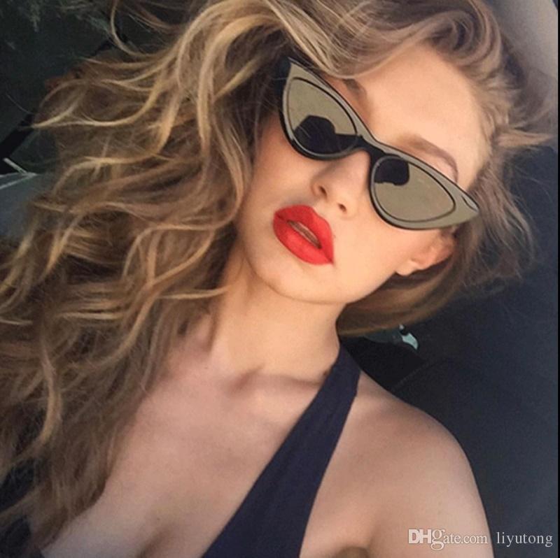 Compre Gatinho Olhos Óculos De Sol, Marcas De Luxo De Mulheres, Vermelho E  Branco Sexy Cat Eye Armações De Óculos, Senhoras Candy Lentes, Óculos De  Sol, ... 0d95e5c8b8