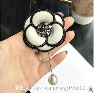 Camellia flowers brooches pins classic black white pearl crystal rhinestone brooch corsages wedding party birthday gifts