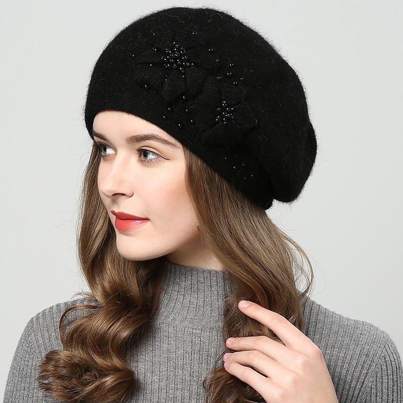 Compre 2018 Sombreros De Invierno Para Mujer De Punto Sombrero Incrustación  De Perlas Moda Boinas Sombrero De Mujer Touca Inverno Feminina Doble Capa  De ... 6b4e2489dc1