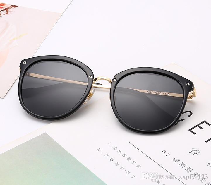 81f6e4398e0bc Compre Homens Mulheres Grande Armação De Óculos De Sol Óculos Polarizados  Redondos Coloridos Senhoras Óculos De Sol Maré Dos Homens Personalidade Da  Moda ...