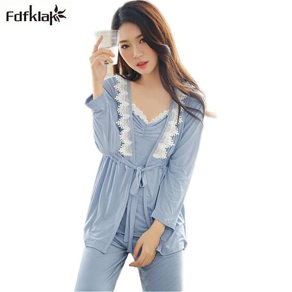 27a3ee1123 2019 2018 New Set Long Sleeve Pyjamas Women Winter Pajamas Sexy V Neck  Model Cotton Sleepwear With Lace Female Pijama Set D18110502 From Shen8403