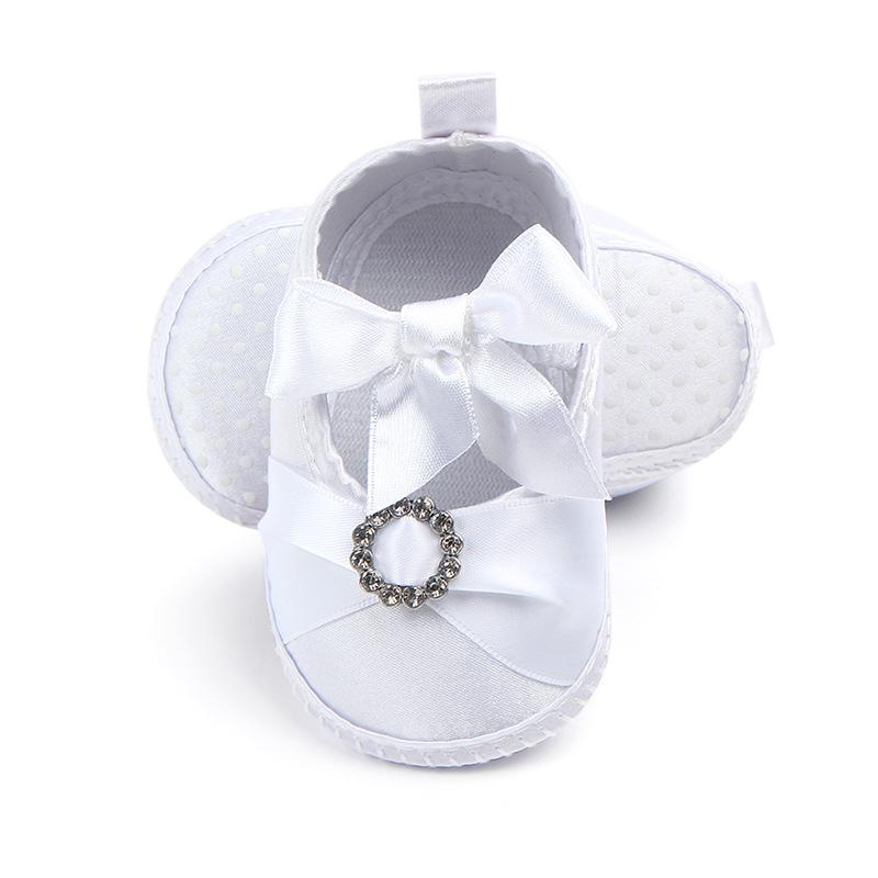 0780926fc8d0a 2019 Newborn Baby Shoes First Walkers Princess Shoes Cute Baby Girls  Butterfly Wedding Girl Sneakers From Dejavui, $35.39 | DHgate.Com