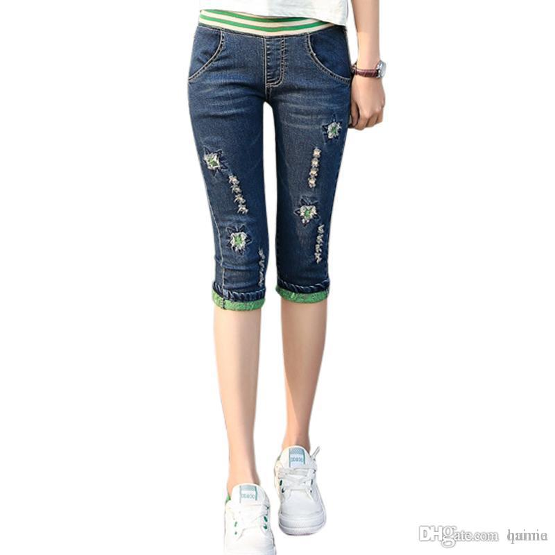 Compre Venta Al Por Mayor Pantalones Vaqueros Rotos Mujer Mujer Pantalones  De Mezclilla Pantalones Capri Pantalones De Bordado De La Cintura Elástica  ... 11c314b86ecb