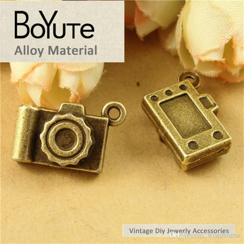 BoYuTe  12*19MM Antique Bronze Silver Plated Zinc Alloy Camera Diy Hand Made Charms Pendants for Jewelry Findings Components