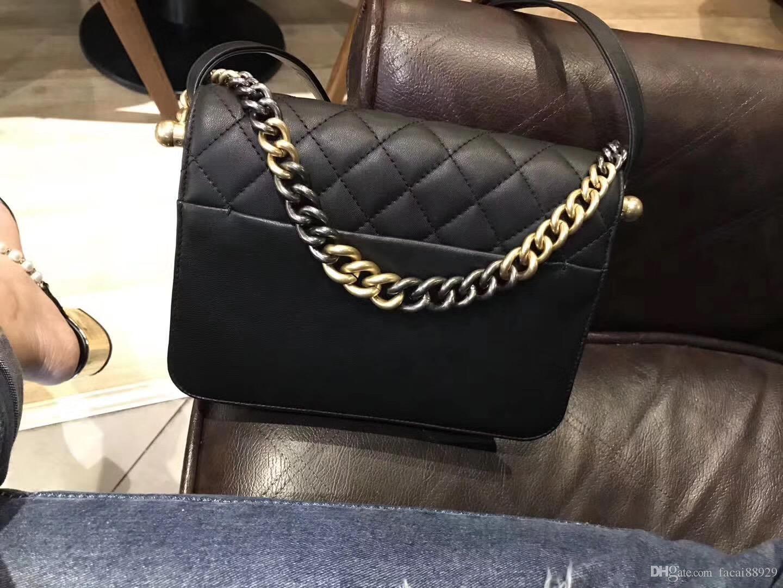 ae36a14126c 2018 Women Fashion Shoulder Bag Real Leather Crossbody Cosmetic Bag  Deerskin Genuine Leather With Buckskin Metal Top Qualit Chain Bags  Wholesale Handbags ...