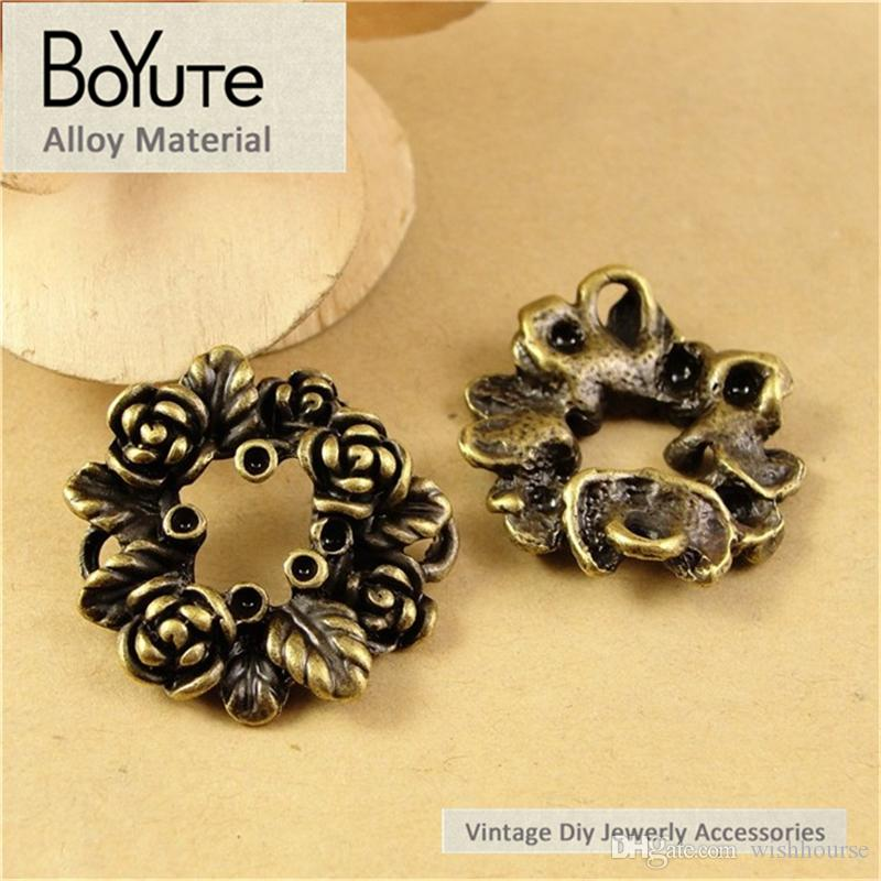 BoYuTe  26MM Vintage Antique Bronze Plated Zinc Alloy Rose Flower Circle Pendant Diy Charms for Jewelry Findings Components